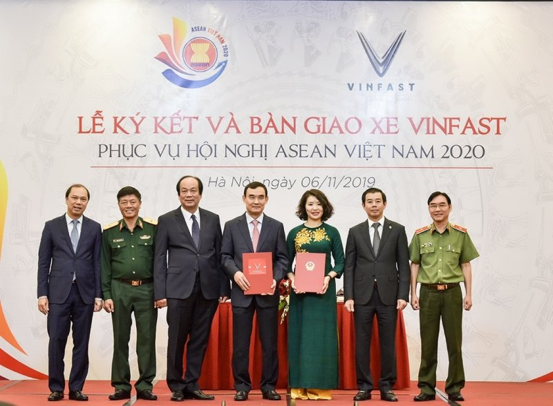 Vinfast vinh dự là phương tiện di chuyển chính của ASEAN 2020